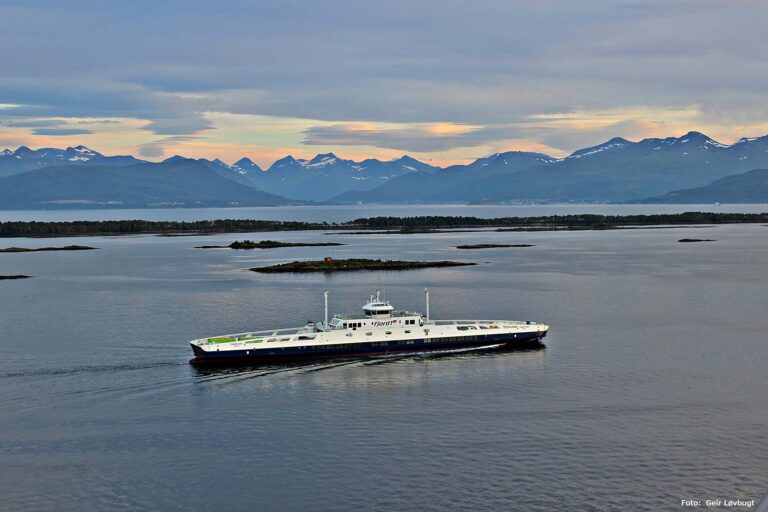 Aerial photo of the ferry MF Fannefjord.